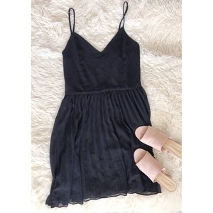 LUCY PARIS black spaghetti strap pleated dress